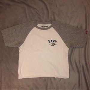 Cropped Vans t-shirt
